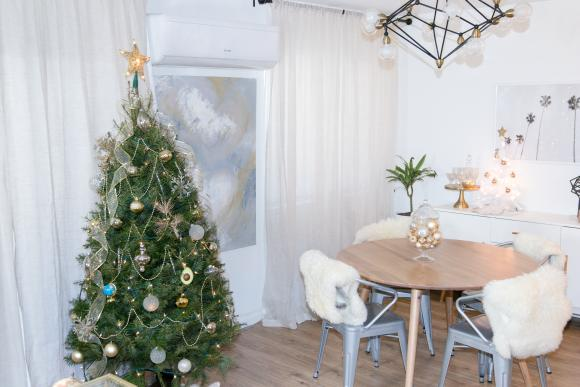 HOLIDAY DECORATIONS UNDER $10 FROM WALMART!